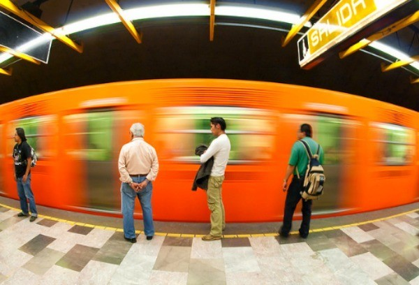 La línea 12 tiene __ estaciones, siendo la segunda más larga de la Ciudad de México.