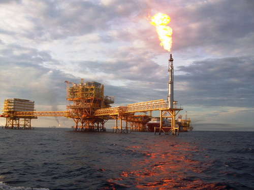 Pozo petrolero en Ku Maloob Zaap en las costas de Campeche