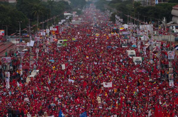 Una de las calles principales de Caracas durante los funerales de Hugo Chávez
