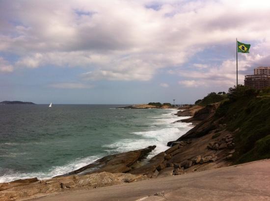 Playa de Arpoador, punto medio entre Ipanema y Copacabana