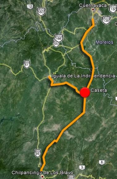 Caseta de Paso Morelos, cerca del límite entre Guerrero y Morelos sobre la carretera del Sol