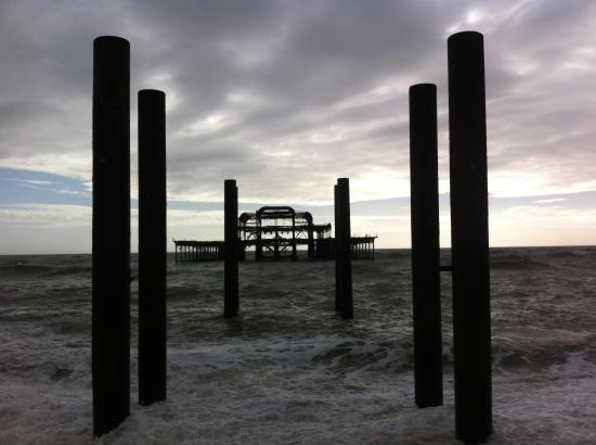 West Pier, Brighton. El Antiguo muelle de la ciudad, cerrado en 1975.