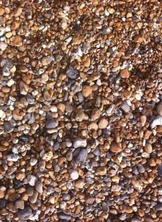 Piedras de la playa de Brighton, con un patrón por tamaño