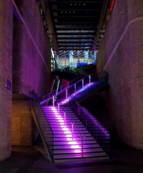 Escalera en la zona comercial de Liverpool