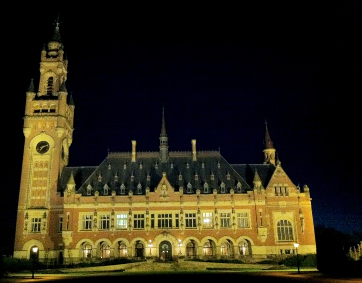 Palacio de la Paz, o Vredespaleis. Alberga la Corte Internacional de La Haya.
