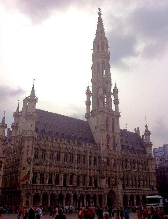 Grote Market y la plaza central de Bruselas.