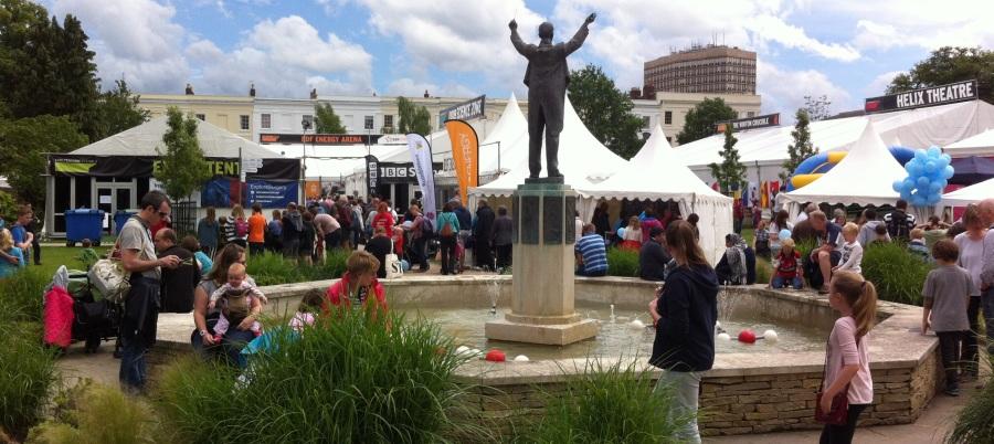Festival de ciencias en Cheltenham