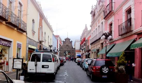 Av. 6 Oriete y Centro la Victoria al fondo, Puebla,
