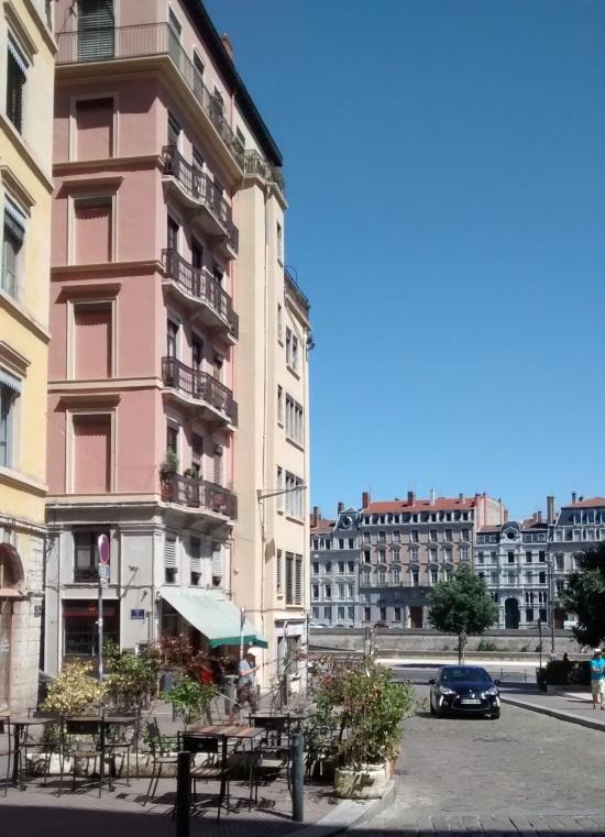 Vista sobre el río Saône en Lyon