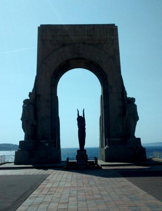 Monumento a los muertos de la Armada del Oriente