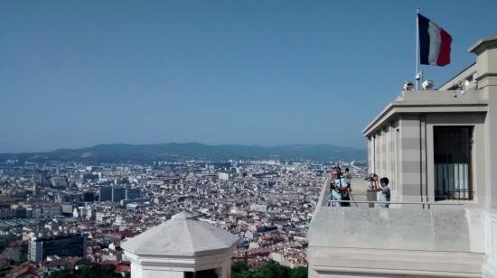 Vista desde la Basílica de Notre Dame de la Garde en Marsella