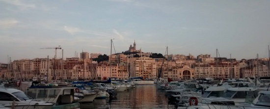 Notre Dame y la marina de Marsella