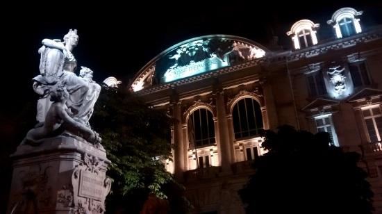 Plaza en el centro de Marsella