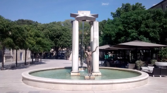 Plaza en Nimes