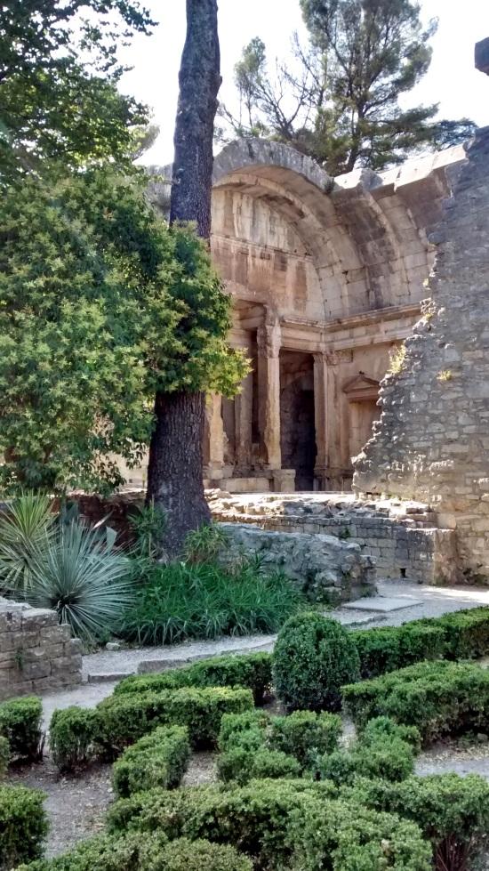 Templo de Diana, Nimes
