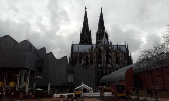Domo y Museo Ludwig