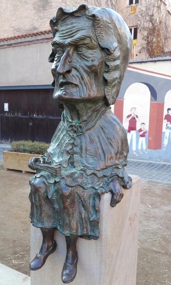 La guapa del pueblo de Vic, Cataluña