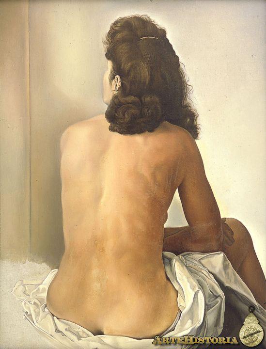 Gala desnuda observando un espejo invisible