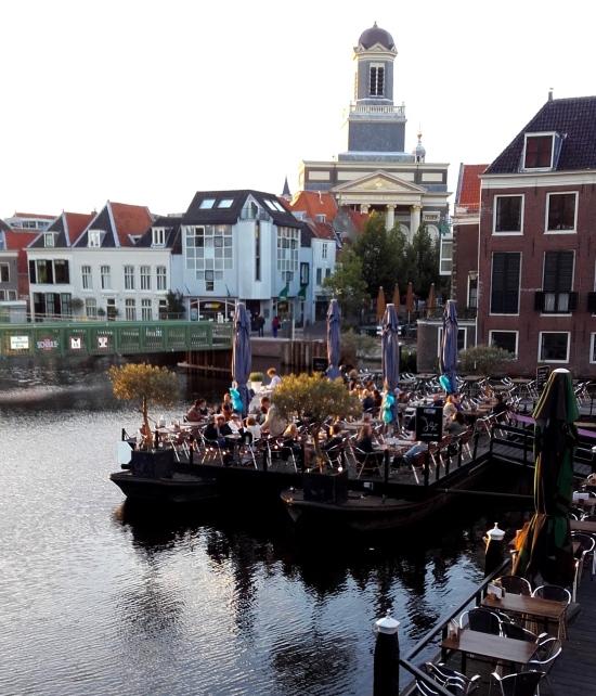 Plaza central de Leiden
